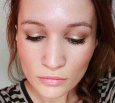 15 steps, then a beauty blog: Warm golds and cold golds... Love Mac Paint Pot in Rubenesque
