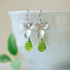 Hey, I found this really awesome Etsy listing at https://www.etsy.com/listing/106954108/silver-and-green-earrings-peridot-green