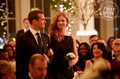 Gabriel Macht and Sarah Rafferty in Suits Serie Suits, Suits Tv Series, Suits Tv Shows, Harvey Specter, Suits Usa, Women's Suits, Sarah Rafferty, Gabriel Macht, Suits Season 7