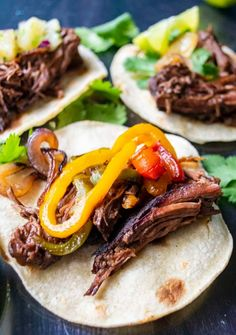 Easy Chile Colorado Recipe, Red Chile Sauce Recipe, Braised Beef, Fun Easy Recipes, Quick Meals, Food Inspiration, Beef Recipes, Good Food, Cooking