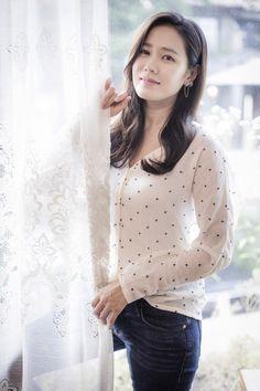 Son Ye-jin (손예진) - Picture @ HanCinema :: The Korean Movie and Drama Database Korean Beauty, Asian Beauty, Daegu, Korean Celebrities, Celebs, Jin Photo, Singer Fashion, Park Min Young, Korean People