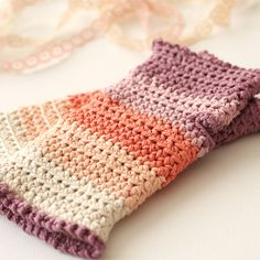 Free crochet pattern and tutorial! Crochet a pair o gorgeous wrist warmers, via Crafts & DIY - Tuts+ Tutorials. #FreePattern #Crochet