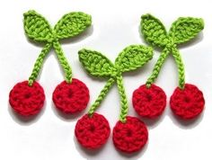 Simple and decorative crochet figures step by step – Crochet fabrics step by step - Obst Crochet Fruit, Crochet Food, Love Crochet, Crochet Motif, Crochet Crafts, Yarn Crafts, Crochet Flowers, Crochet Stitches, Knit Crochet