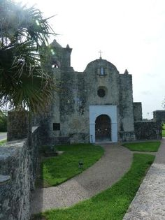 Our Lady of Loreto Chapel, Goliad: See 12 reviews, articles, and 19 photos of Our Lady of Loreto Chapel, ranked No.4 on TripAdvisor among 9 attractions in Goliad.