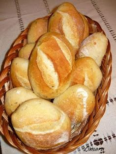 Recipes, bakery, everything related to cooking. Pastry Recipes, Bread Recipes, Eastern European Recipes, Hungarian Recipes, Hungarian Food, Bread And Pastries, Crescent Rolls, Bread Rolls, How To Make Bread