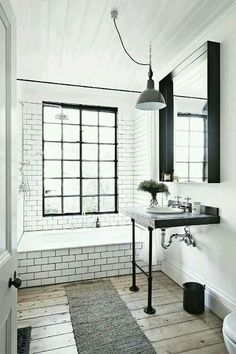 Balck and white bathroom!