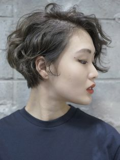 More Hair Inspo, Hair Inspiration, Short Wavy Hair, Permed Hairstyles, Great Hair, Hair Dos, Curly Hair Styles, Hair Makeup, Hair Beauty