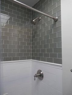 Carrelage metro azulejos subway tiles Bathroom shower remodel with gray subway tile Bathroom Renos, Bathroom Renovations, Home Remodeling, Bathroom Ideas, 1950s Bathroom, Budget Bathroom, Bathroom Organization, Bathroom Designs, Bathroom Makeovers