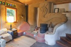 Cob house WITH A DRAGON!!