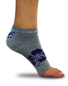 Freetoes toeless sock, grey with  flower. Very cool toeless socks!! Just saw them on Dragon's Den.