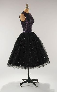 Norell evening dress, circa 1955. From the Metropolitan Museum of Art.