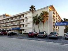 Clearwater (FL) Travelodge United States, North America Travelodge is conveniently located in the popular Clearwater Beach area. Both business travelers and tourists can enjoy the hotel's facilities and services. Service-minded staff will welcome and guide you at the Travelodge. Each guestroom is elegantly furnished and equipped with handy amenities. Access to the hotel's outdoor pool will further enhance your satisfying stay. Discover all Clearwater (FL) has to offer by makin...