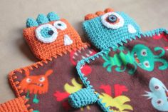 Monster Fleece Lovey Blankets - Repeat Crafter Me Crochet Bookmark Pattern, Crochet Bookmarks, Crochet Patterns, Crochet Ideas, Crochet Edgings, Pattern Sewing, Free Pattern, Repeat Crafter Me, Yarn Crafts