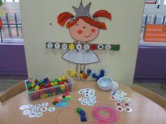 IDEA GENIAL Montessori Preschool, Math Games, Preschool Crafts, Preschool Activities, Numeracy Activities, Kindergarten Math Worksheets, Math Resources, Maths Area, Math For Kids