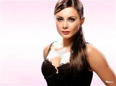 Minissha Lamba Black Top Cleavage Image With Face Closeup Widescreen Wallpaper,Minissha Lamba Image,Bollywood Actress Image,Bollywood Celebrity Images