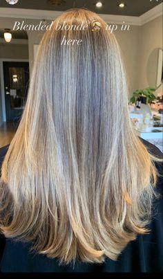 Blonde Hair Looks, Blonde Hair Blue Eyes, Brown Hair Balayage, Hair Highlights, Hair Inspo, Hair Inspiration, Champagne Blonde Hair, Cabello Hair, Honey Hair