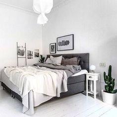 Surbrunnsgatan 24 64 kvm, 1067 kr i avg Styling @scandinavianhomes Foto @erikolssonsthlm