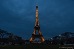 Eiffel Tower lit: classic and breath-taking.