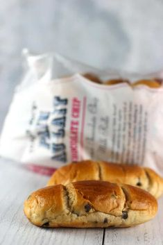 Trader Joe's Chocolate Chip Pain Au Lait review #traderjoes Breakfast Items, Breakfast Recipes, Trader Joes Bread, Best Trader Joes Products, Trader Joe's, Calorie Counting, Hot Dog Buns, Cravings, Brunch