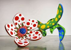 Solitary Dog Sculptor I: Sculpture - Escultura: Yayoi Kusama - Part 1 - Links to more YL