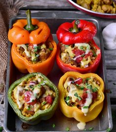 These vegan stuffed bell peppers are filled with healthy ingredients and are rich in protein. The recipe is gluten-free, plant-based, easy to make, and very tasty. Perfect for a vegan dinner or lunch. Healthy Gluten Free Recipes, Delicious Vegan Recipes, Healthy Snacks, Vegetarian Recipes, Tasty, Vegan Dinner Recipes, Dinner Healthy, Cooking Recipes, Vegan Stuffed Peppers
