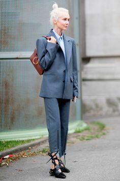 Trendy Ideas for style inspiration edgy shoes Tomboy Fashion, Star Fashion, Paris Fashion, Trendy Fashion, Korean Fashion, Tomboy Style, Look Street Style, Street Style 2017, Spring Street Style
