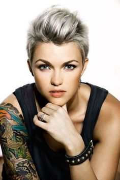 Host, DJ, Actor and Producer, Book Ruby Rose to be the perfect addition to your event. Book Ruby Rose with the proficient artist management agency, Australia to Pixie Hairstyles, Short Hairstyles For Women, Cool Hairstyles, Medium Hairstyles, Punk Pixie Haircut, Short Hair Cuts, Short Hair Styles, Pixie Cuts, Corte Y Color