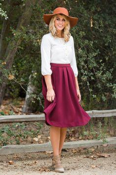 Gwen Burgundy Knit Midi Skirt – Morning Lavender Size large