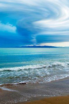 tenger, közelgő vihar