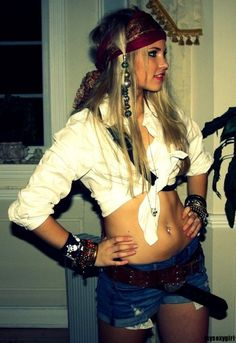 Female Jack Sparrow Halloween costume.