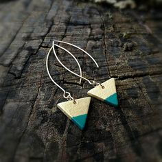 Hey, I found this really awesome Etsy listing at https://www.etsy.com/listing/594196852/mini-triangle-earrings-gold-and