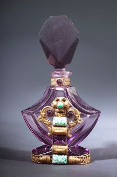 Art Deco Czechoslovakian perfume bottle, circa 1920s,