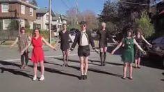 Ezra Furman - Restless Year [Official Music Video] - YouTube Een van de artiesten die optreed op het metropolis festival - research naar de muziek