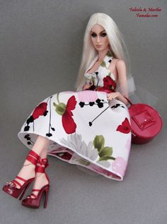 Famaka- Floral Print Vintage Style Fashion with Shoes For Sybarite Doll