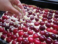 Třešňový koláč Cake Recipes, Dessert Recipes, Czech Recipes, Bakery, Deserts, Cherry, Food And Drink, Sweets, Fruit