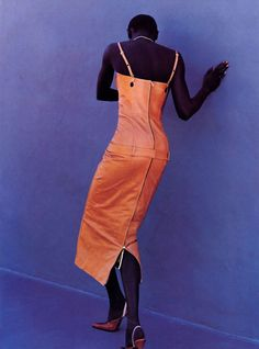 "Second Skin"", Elle US, March 1999  Photographer : Gilles Bensimon  Model : Alek Wek"