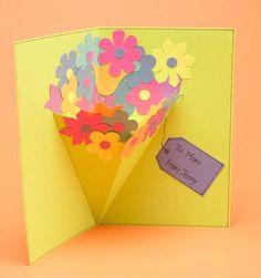 花束が飛び出すポップアップカード、鉢植えお花の仕掛けカード、チューリップが咲く仕掛けカード、お母さんが喜ぶかわいいお花のカードの作り方を集めてみました。 飛び出す花束のポップアップカード 材料 厚紙(使いたい色を何種類か) のり はさみ セロテープ 作り方 厚紙を作りたいカードの大きさにカットして半分に折る カードの2/3位の高さの正三角形をカットする 三角形を半分に折って折り目をつける 厚紙でお花をいっぱい作る(カラフルに) 花束の上になる三角形の辺に、お花をのりでつける 2つ折りにしたカードの内側中心から左右対称に、正三角形の山折り側を外側にして、花束を開きたい位置にセット、花束を貼る位置に印をつける カードの花束を貼る位置の内側に、厚紙のお花をたくさん散りばめて貼る 花束を貼る(内側をセロテープでとめて固定する) 鉢植えの仕掛けカード 材料 スクラップブック リボン ボタン のり ハサミ 作り方 スク...