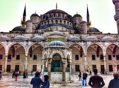 Traveling Istanbul? Here is our guide to the city: 10 places, 10 travel tips. #travel #istanbul