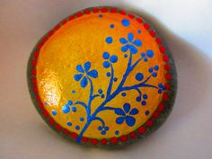 Hey, I found this really awesome Etsy listing at https://www.etsy.com/listing/293030911/painted-rock-flower-design