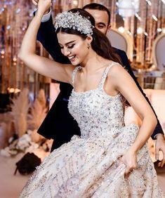 Fancy Wedding Dresses, Princess Wedding Dresses, Wedding Gowns, Bridal Veils And Headpieces, Bridal Gowns, Luxury Wedding, Wedding Bride, Afghan Wedding Dress, Wedding Couple Poses Photography