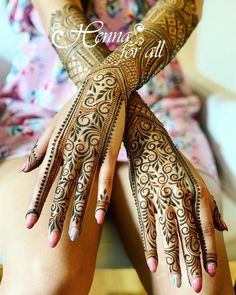 Mehndi is used for decorating hands of women during their marriage, Teej, Karva Chauth. Here are latest mehndi designs that are trending in the world. Wedding Henna Designs, Mehndi Designs 2018, Henna Designs Easy, Dulhan Mehndi Designs, Henna Tattoo Designs, Mehandi Designs, Easy Henna, Heena Design, Latest Mehndi Design Images