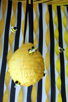 As soon as I decided the theme for Ethnie's party back in January. Baby Birthday, First Birthday Parties, Bee Gender Reveal, Bee Party, Festa Party, Bee Theme, Baby Shower Parties, Bee Decorations, Ideas Party