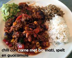#Chili con #carne met #basmatirijst, #spelt en zelfgemaakte #guacamole. #chiliconcarne