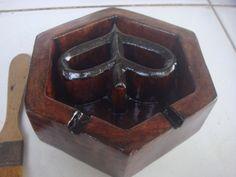 Asbak kayu Model Logo Vespa Waruh, Spesifikasi : Bahan : Kayu jati Kondisi : masih baru djual : hub. 081 324 153 351