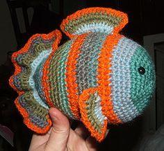 Fredee the Fish Free Amigurumi Pattern http://apocalypseknits.blogspot.de/2009/02/fredde-fish-pattern.html
