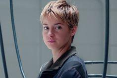 """Finalmente saiu o trailer de """"A Saga Divergente: Insurgente""""! - http://metropolitanafm.uol.com.br/novidades/entretenimento/finalmente-saiu-o-trailer-de-saga-divergente-insurgente"""