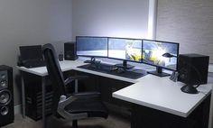 desk setup http://amzn.to/2ldYdqf