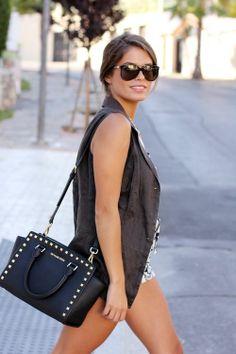$66.99 - Michael Kors Selma Stud Messenger Medium Black Crossbody Bags | Trendy Women Fashion. http://thegoodbags.com/ ,,Oh. My. God. I ADORE this mk bags. save up to 75%