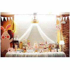 #birthday #babygirl #bunny #princess #mintcolor #partydecor #birthdayparty #decoration #cute #saigon #GEEKsg #chic #bunnyprincess #babyshower #flowers #desserttable #cakes #crown #golden #beautiful #loveit