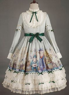 Daily updates on new lolita items and many lovely pictures of dress, dessert, etc. Weird Fashion, Cute Fashion, Boho Fashion, Fashion Dresses, Harajuku Fashion, Lolita Fashion, Lolita Gothic, Rainbow Fashion, Renaissance Clothing